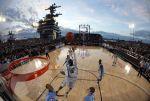 Basket su una portaerei: location insolite dall'Ncaa