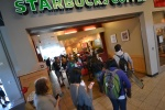 Gli interni del campus: Starbucks