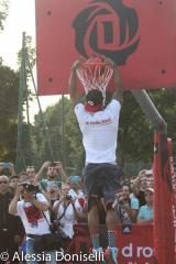 La festa per Derrick Rose a Milano