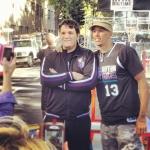 Doug Christie con un fan